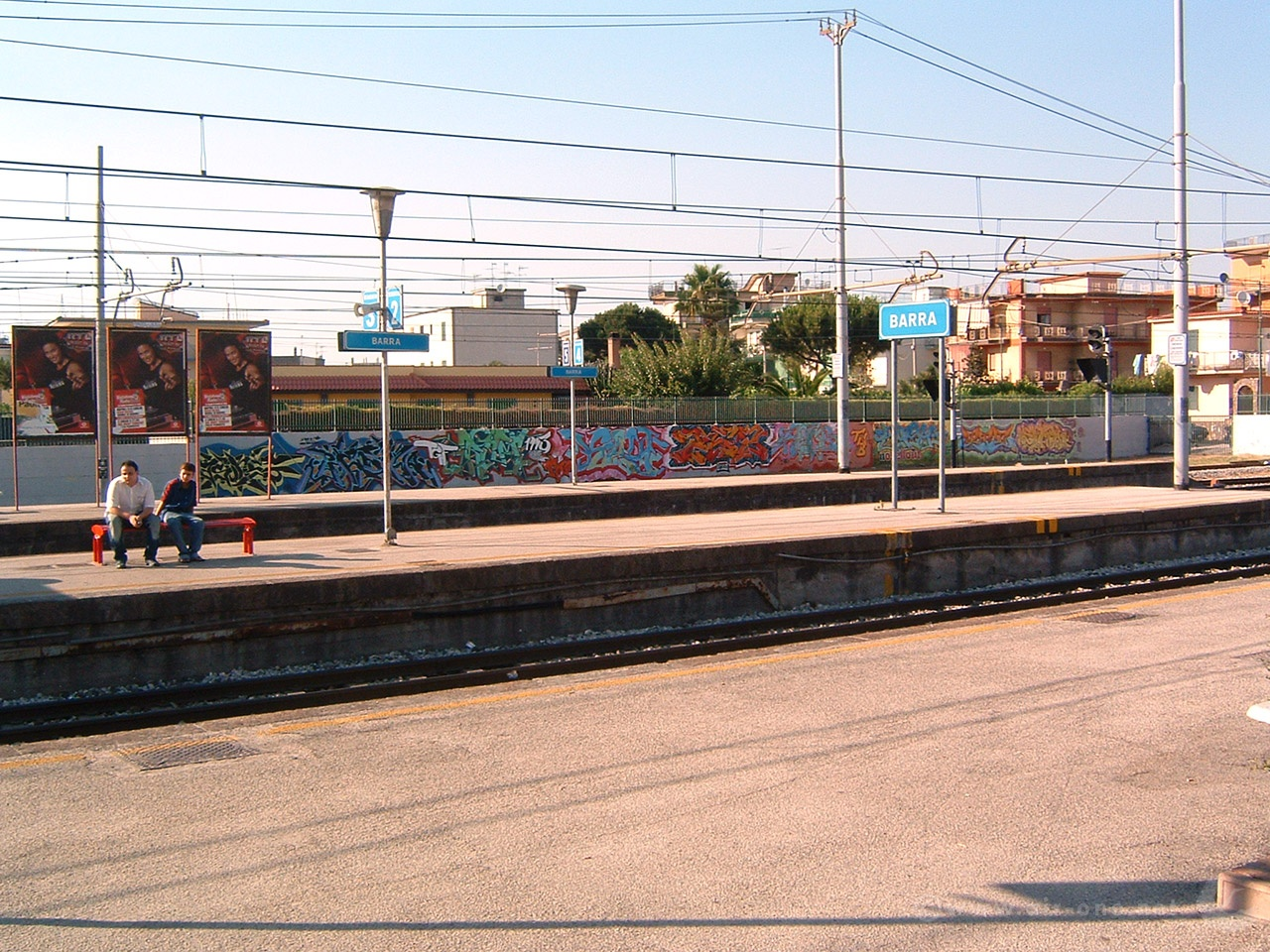 Barra station: Circum Writing - Napoli 2004